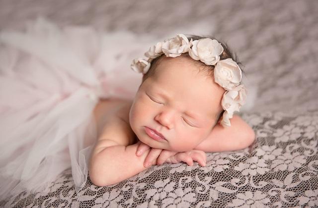 宝宝每个月的成长发育