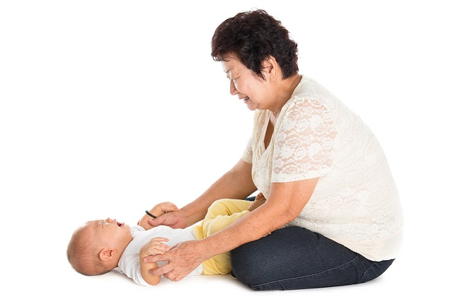 Steps to hire confinement nanny in Singapore. If foreigner, only malaysian confinement nanny is allowed.