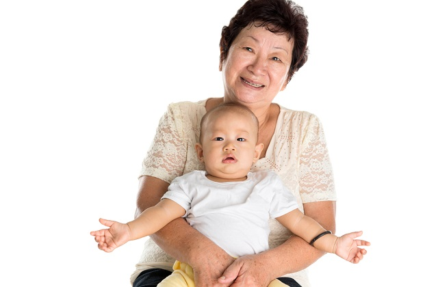 How to select a good confinement nanny in Singapore