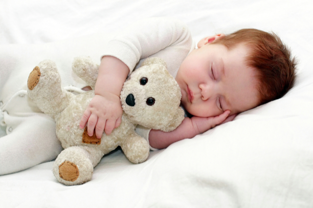 How to make baby sleep through the night? Help your baby to put back to sleep on her own and establish a bedtime routine.