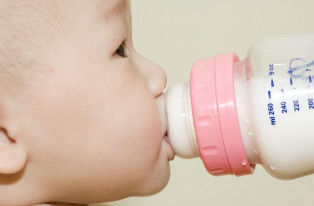 挑选最好的婴幼儿配方奶粉/