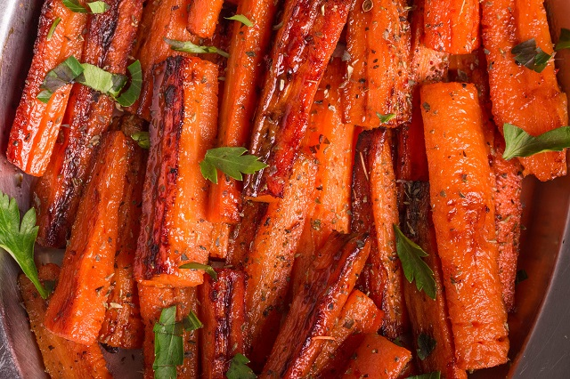 Baked carrots for 6 months to 8 months old baby